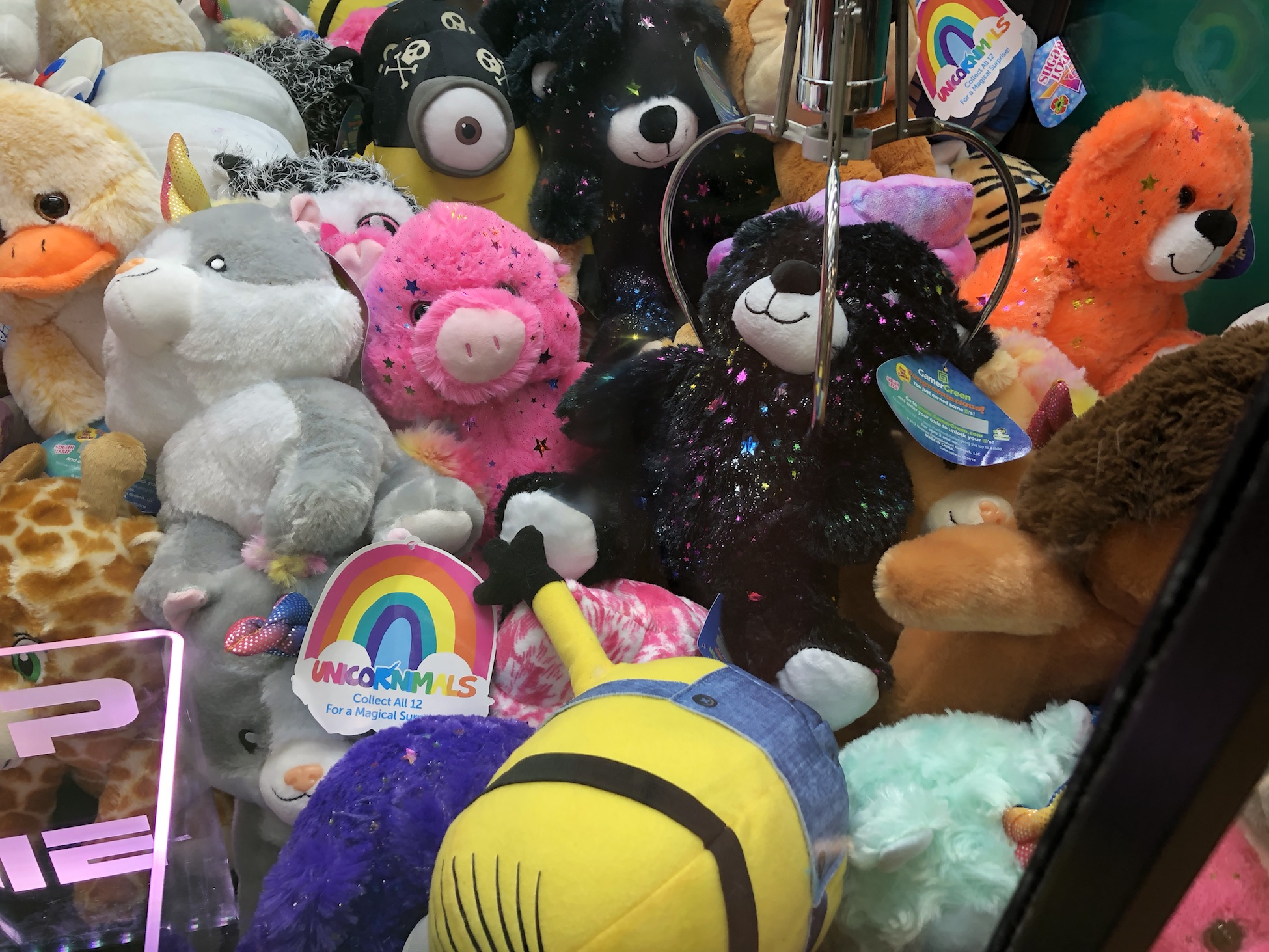 Image of claw machines in Pleasanton, CA